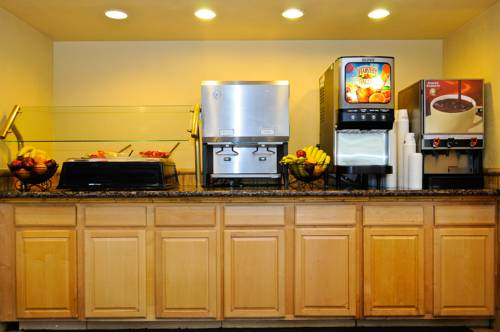 best-western-plus-oceanside-inn-breakfast-2