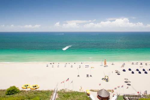 fort-lauderdale-marriott-harbor-beach-resort-spa-oceanfront-resort1