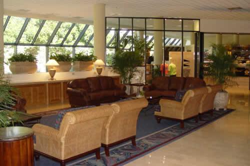 hyatt-pier-66-fort-lauderdale-lobby