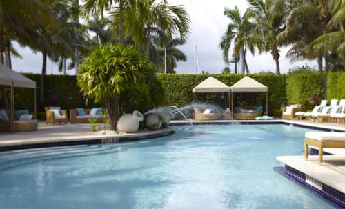 renaissance-fort-lauderdale-cruiseport-hotel-pool