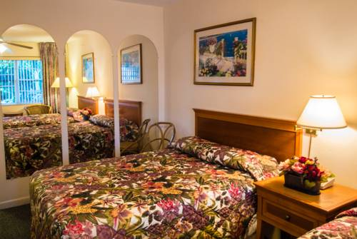 shore-haven-resort-inn-lauderdale-by-the-sea-bed-room